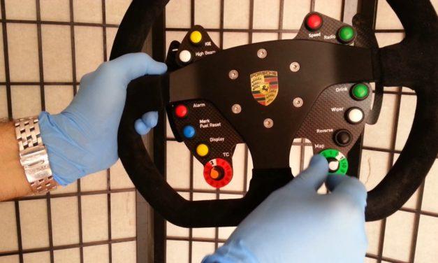Volant Porsche RS GT3 par Léopoldo Ramirez
