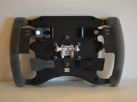 3 Volants à venir pour Motorsport Simulator mais...