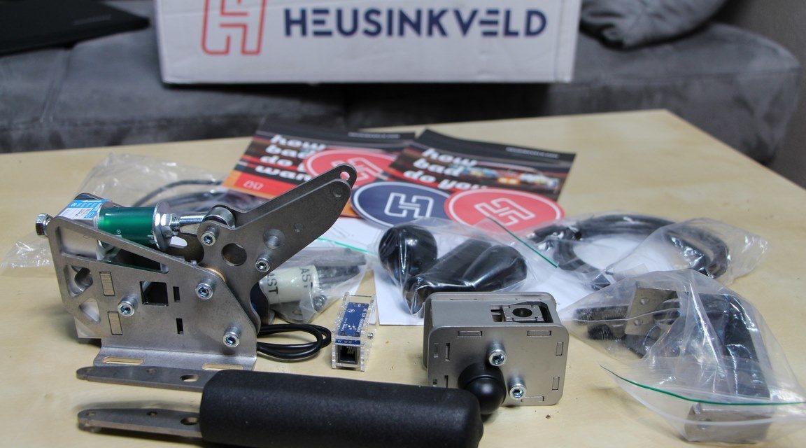 Review à venir : Heusinkveld Handbrake et Shifter