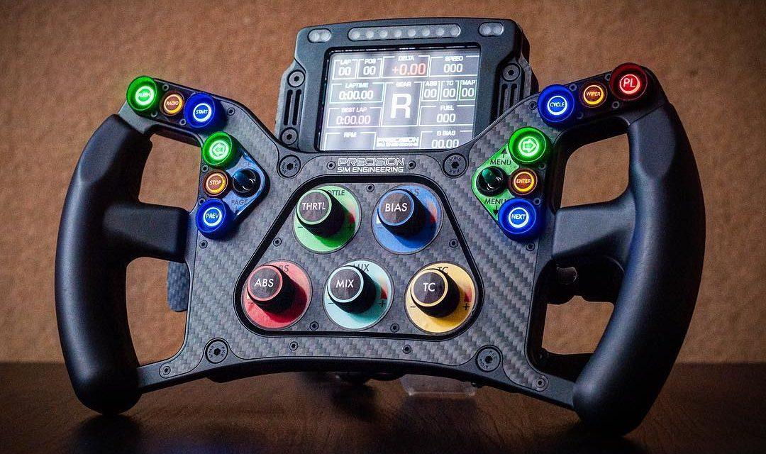 PRECISION SIM ENGINEERING : Un volant pour Verstappen au 12 heures de Bathurst