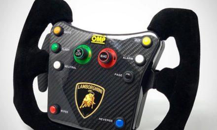 Une réplique du volant Lamborghini Super Trofeo pour PRECISION SIM ENGINEERING