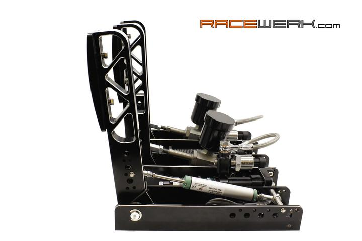 """S1 Hydraulic Pedal System de RACEWERK : Un pédalier """"made to look cool on your rig"""""""