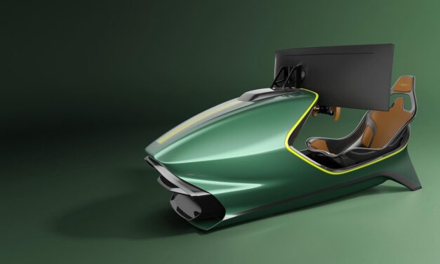 CURV RACING SIMULATORS : Mettez une Aston Martin dans votre salon
